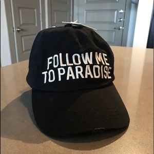 "Billabong ""follow me to paradise"" hat"